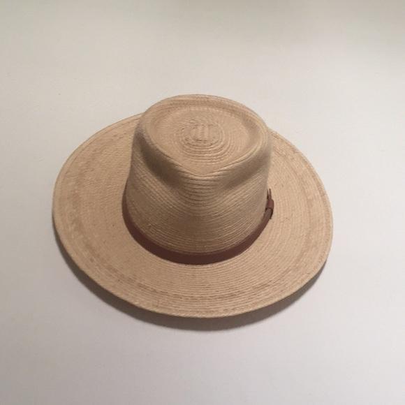 5c0d232ba63 Tear Drop Guatemalan Palm Leaf Straw Fedora Hat. M 5ae7b0fc72ea88422b8333c0